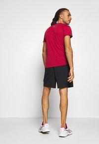 New Balance - ACCEL SHORT - Pantalón corto de deporte - black - 2