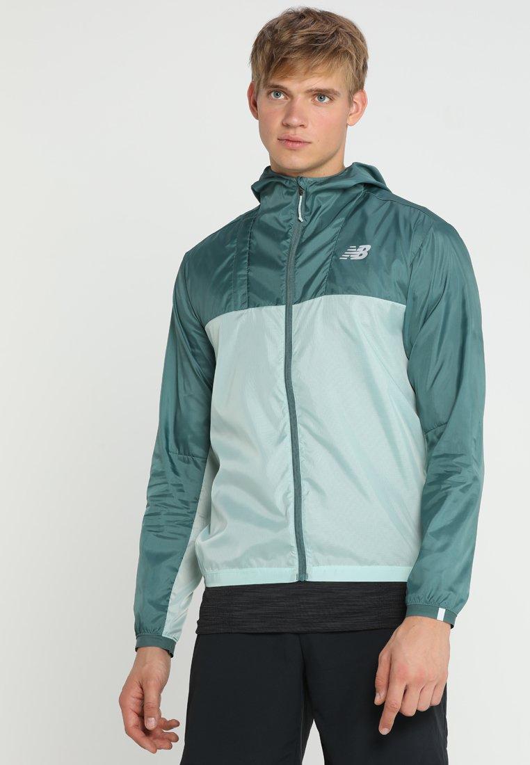 New Balance - LIGHT PACKJACKET - Sports jacket - white agave