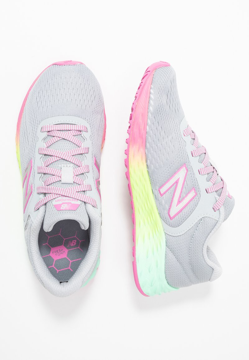 New Balance - ARISHI - Chaussures de running neutres - light grey