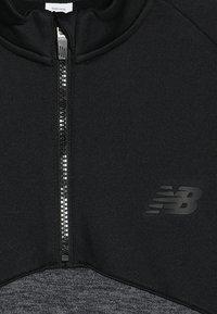 New Balance - CORE JUNIOR DRILL TOP - Sweatshirt - black - 2
