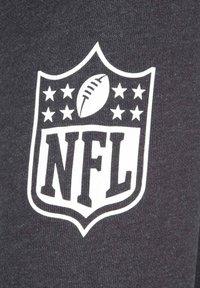 New Era - NFL LARGE GRAPHIC PITTSBURGH STEELERS KAPUZENSWEATJACKE HERREN - Zip-up hoodie - black - 4
