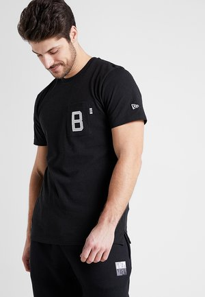 VINTAGE POCKET LOGO TEE - Print T-shirt - black
