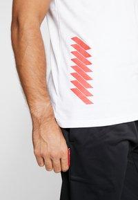 New Era - LOS ANGELES DODGERS BLUEPRINT TEE - Print T-shirt - white - 5
