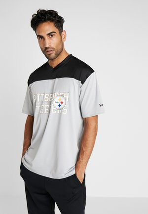 NFL STACKED WORDMARK OVERSIZED TEE PITTSBURGH STEELERS - T-shirt con stampa - gray/black