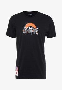 New Era - FAR EAST GRAPHIC TEE - Print T-shirt - black - 4