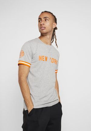 NBA WORDMARK TEE NEW YORK KNICKS - T-shirt z nadrukiem - light grey heather