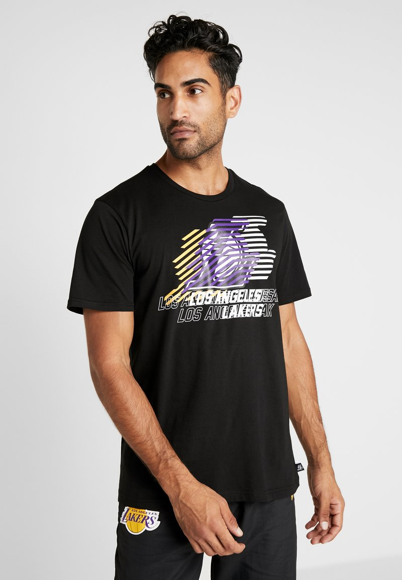 New Era - NBA LOGO REPEAT TEE LOS ANGELES LAKERS - Print T-shirt - black