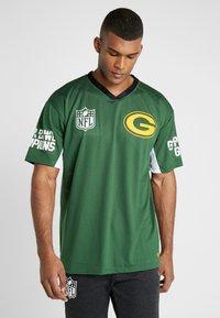New Era - NFL TEE BAY PACKERS - Klubbkläder - cilantro green - 0