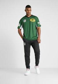 New Era - NFL TEE BAY PACKERS - Klubbkläder - cilantro green - 1