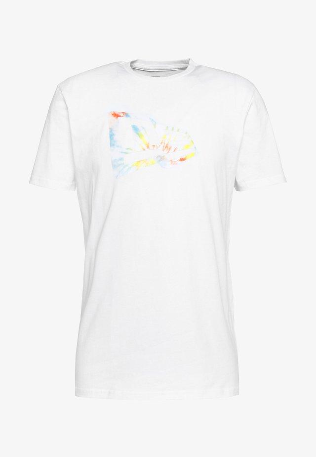 FLAG INFILL TEE  - T-Shirt print - white