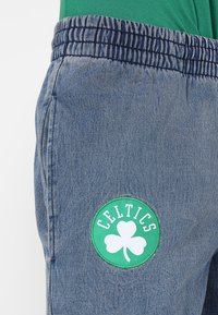 New Era - NBA BOSTON CELTICS - Korte broeken - denim - 5