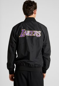 New Era - NBA LA LAKERS TEAM LOGO  - Training jacket - black - 2
