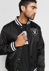 New Era - NFL OAKLAND RAIDERS TEAM BOMBER - Article de supporter - black - 3