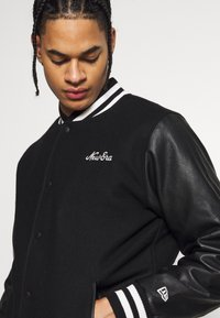New Era - IMAGE VARSITY JACKET  - Veste de survêtement - black - 4