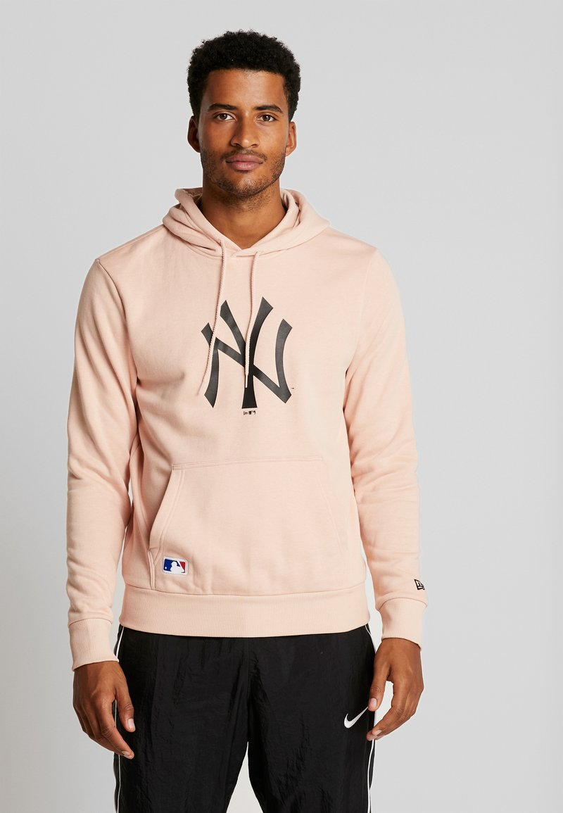 New Era - MLB NEW YORK YANKEES SEASONAL TEAM LOGO HOODY - Fanartikel - mottled pink