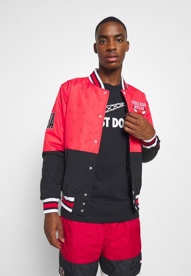 NBA CHICAGO BULLSBOMBER - Summer jacket - red