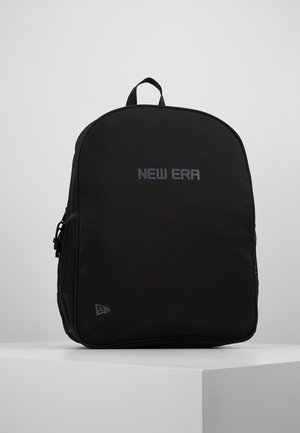 ESSENTIAL PACK - Rucksack - black