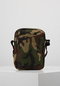 New Era - MLB SIDE BAG - Taška spříčným popruhem - multi-coloured - 2