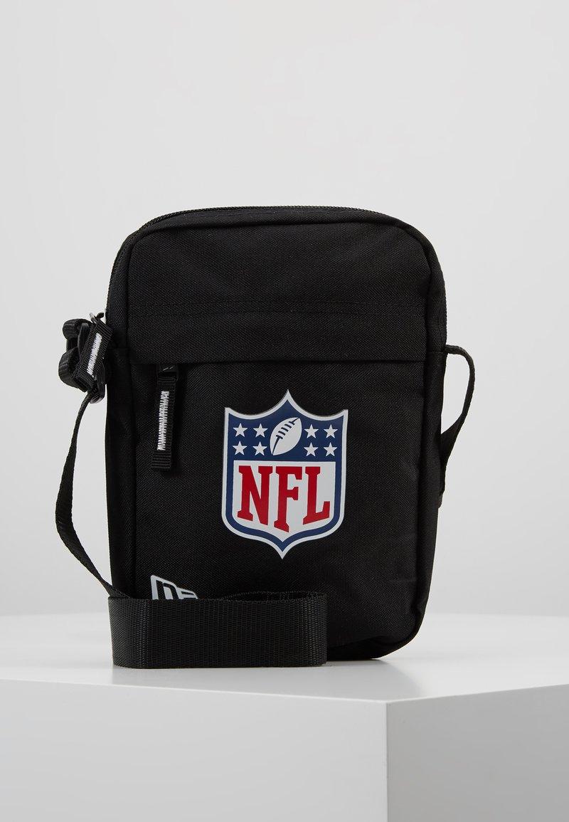 New Era - NLF SIDE BAG - Across body bag - black