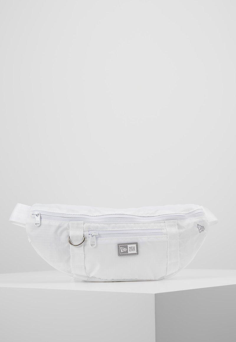 New Era - WAIST BAG LIGHT - Ledvinka - white