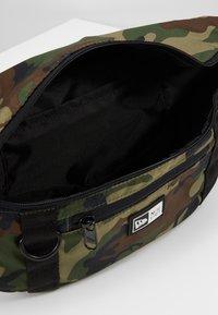 New Era - WAIST BAG LIGHT - Bältesväska - multi-coloured - 4