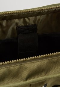 New Era - TOTE BAG - Sports bag - khaki - 4
