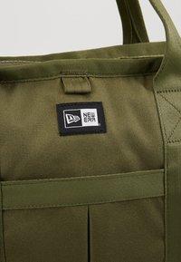 New Era - TOTE BAG - Sports bag - khaki - 6
