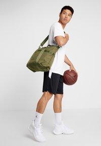 New Era - TOTE BAG - Sports bag - khaki - 1