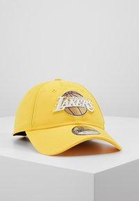 New Era - NBA LA LAKERS ALTERNATE CITY SERIES 9TWENTY - Gorra - yellow - 0