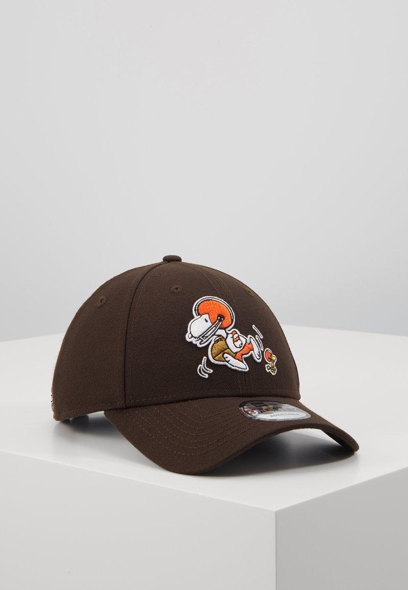 New Era - NFL PEANUTS - Klubové oblečení - brown