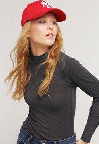 New Era - 39THIRTY NEW YORK YANKEES - Cap - red - 1