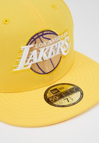 New Era - NBA LA LAKERS ALTERNATE CITY SERIES 59FIFTY - Pet - yellow - 4