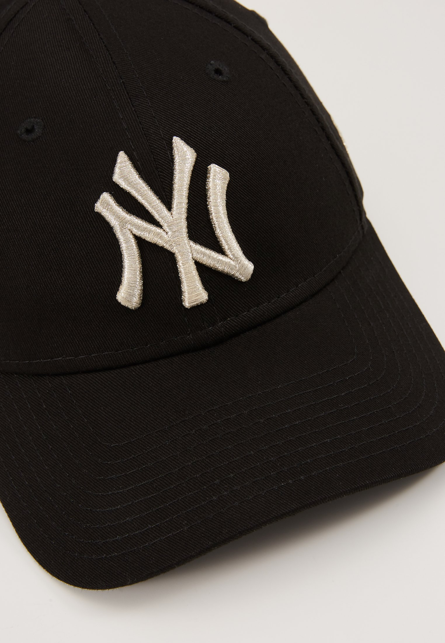 New Era FEMALE WMNS METALLIC 9FORTY - Caps - new york yankees blk