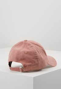New Era - FEMALE WMNS PASTEL CORD 9FORTY - Cap - pink - 3