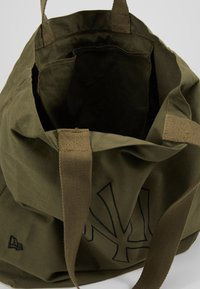 New Era - TOTE - Shopping bag - new olive/black - 4