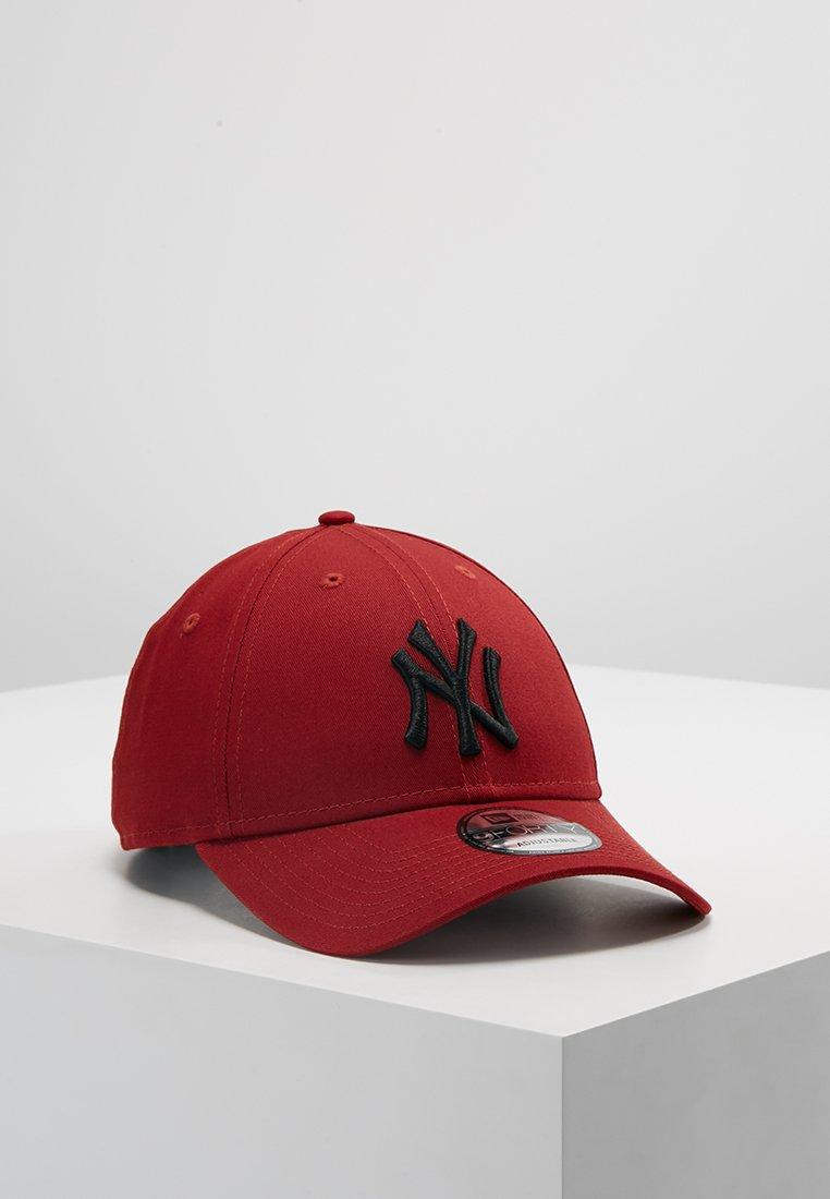 New Era - LEAGUE ESSENTIAL - Cap - hot red/black