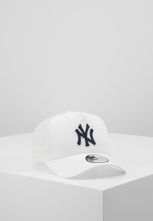 LEAGUE ESSENTIAL TRUCKER - Kšiltovka - white/white