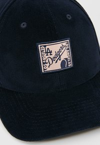 New Era - PATCH 9FIFTY - Czapka z daszkiem - navy - 5