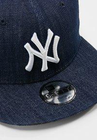 New Era - 9FIFTY MLB NEW YORK YANKEES SNAPBACK - Cap - navy/optic white - 2
