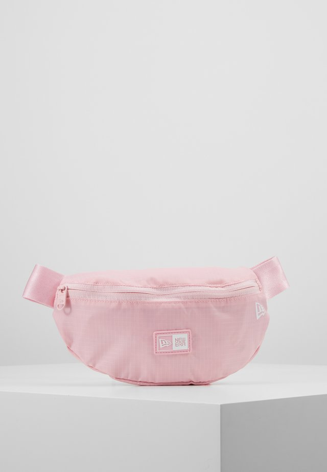 KIDS WAISTPACK LIGHT - Bæltetasker - pink