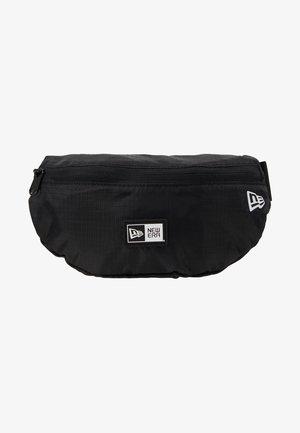 KIDS WAISTPACK LIGHT - Bum bag - black/optic white