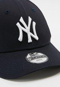 New Era - FORTY MLB LEAGUE NEW YORK YANKEES - Lippalakki - navy - 2