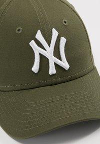New Era - KIDS 9FORTYNEW YORK YANKEES - Cap - dark green - 2