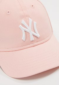 New Era - BABY MY FIRST 9FORTY BABY NEW YORK YANKEES - Casquette - pink - 2
