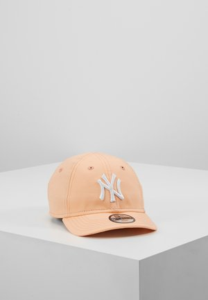BABY 9FORTYNEW YORK YANKEES - Kšiltovka - posh peach/optic white