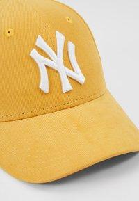 New Era - 9FORTY NEW YORK YANKEES - Cap - mustard - 2