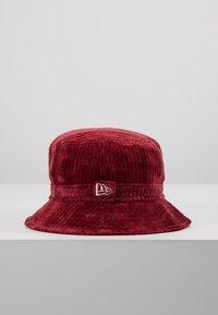 New Era - BUCKET HAT - Hat - cardinal - 4
