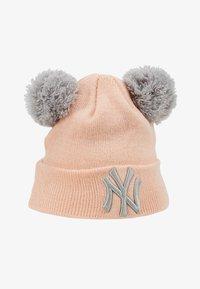New Era - KIDS DOUBLE BOBBLE NEW YORK YANKEES - Muts - light pink - 1