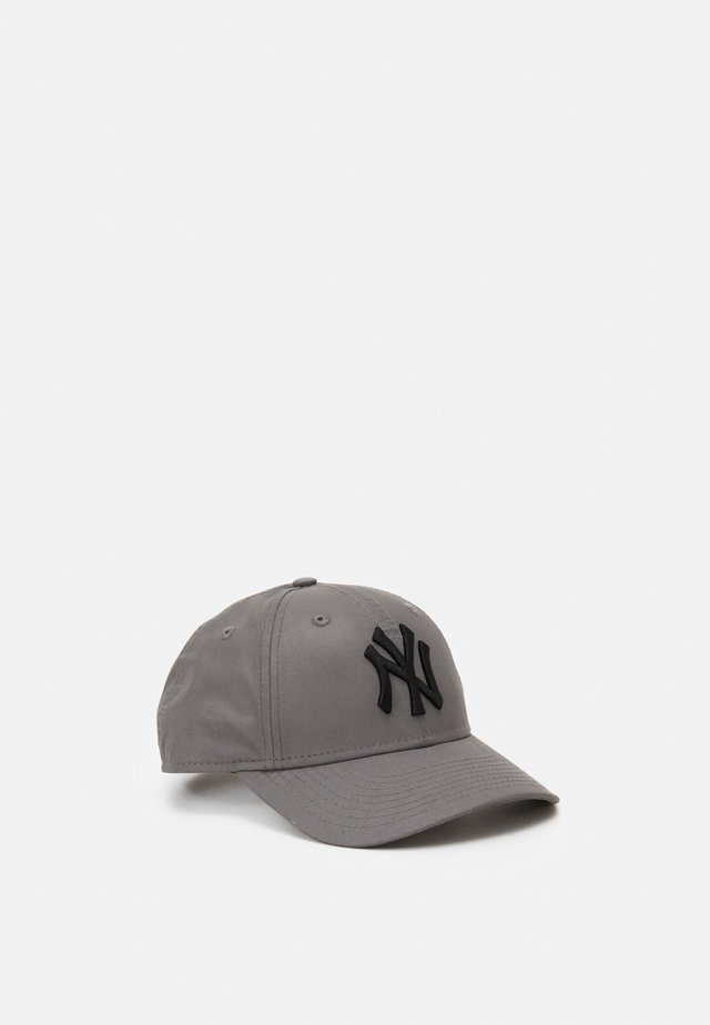 940 NEW YORK YANKEES - Cap - silver