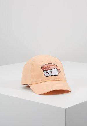 Caps - salmon